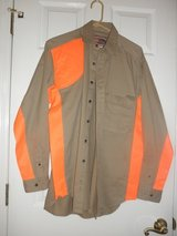 Wrangler's ProGear SHOOTING SHIRT  Size M REDUCED in Camp Lejeune, North Carolina